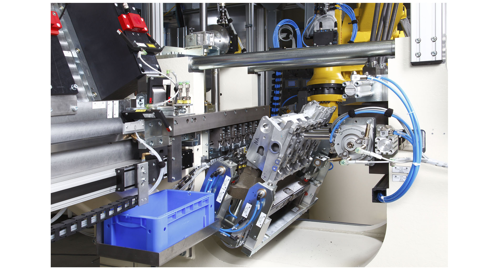 Cylinder head assembly systems for valve seat rings and valve guides